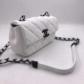 Сумка-конверт Chanel белая