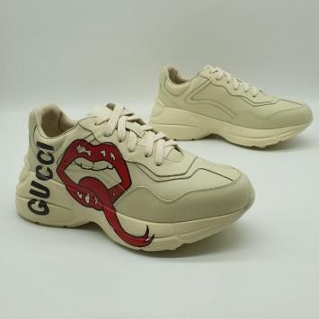 Кроссовки Gucci на толстой подошве с принтом Губы