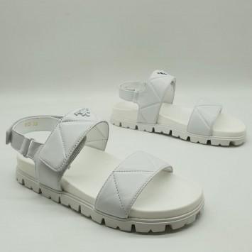 Босоножки Prada белые
