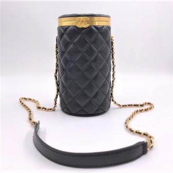 Сумка-цилиндр Chanel черная